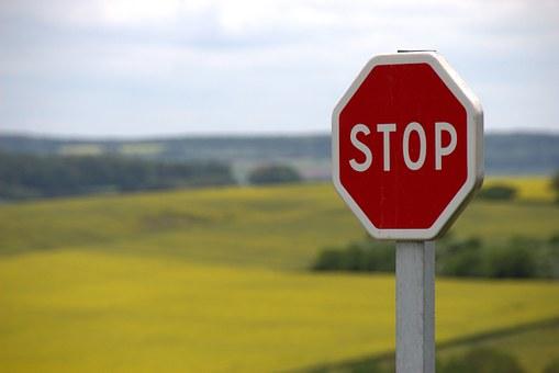 dopravní značky STOP