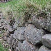 Opěrné zdi bez základů do svahu