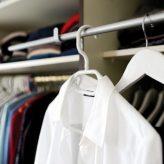 Průvodce výběrem šatní skříně krok za krokem